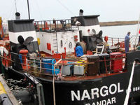نجات کشتی سانحه دیده در دریایی خزر +تصاویر