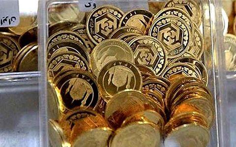 چرا سکه دوباره گران شد؟/ یک میلیون و ۴۰۰ هزار تومان حباب برای ۸ گرم طلا!