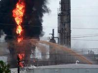 آتشسوزی گسترده در پالایشگاهی در تگزاس +عکس
