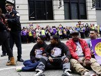 اعتصاب کارکنان فرودگاه شیکاگو برای دریافت حقوق بیشتر +تصاویر