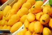 کاهش قیمت انبه، موز و لیموترش در میادین میوه و ترهبار