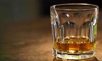 باور غلط پیشگیری از کرونا با مصرف مواد الکلی