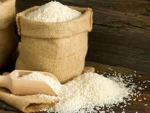 کشاورز: واردات برنج ممنوع نبود/ چند درصد مردم برنج خارجی مصرف میکنند؟