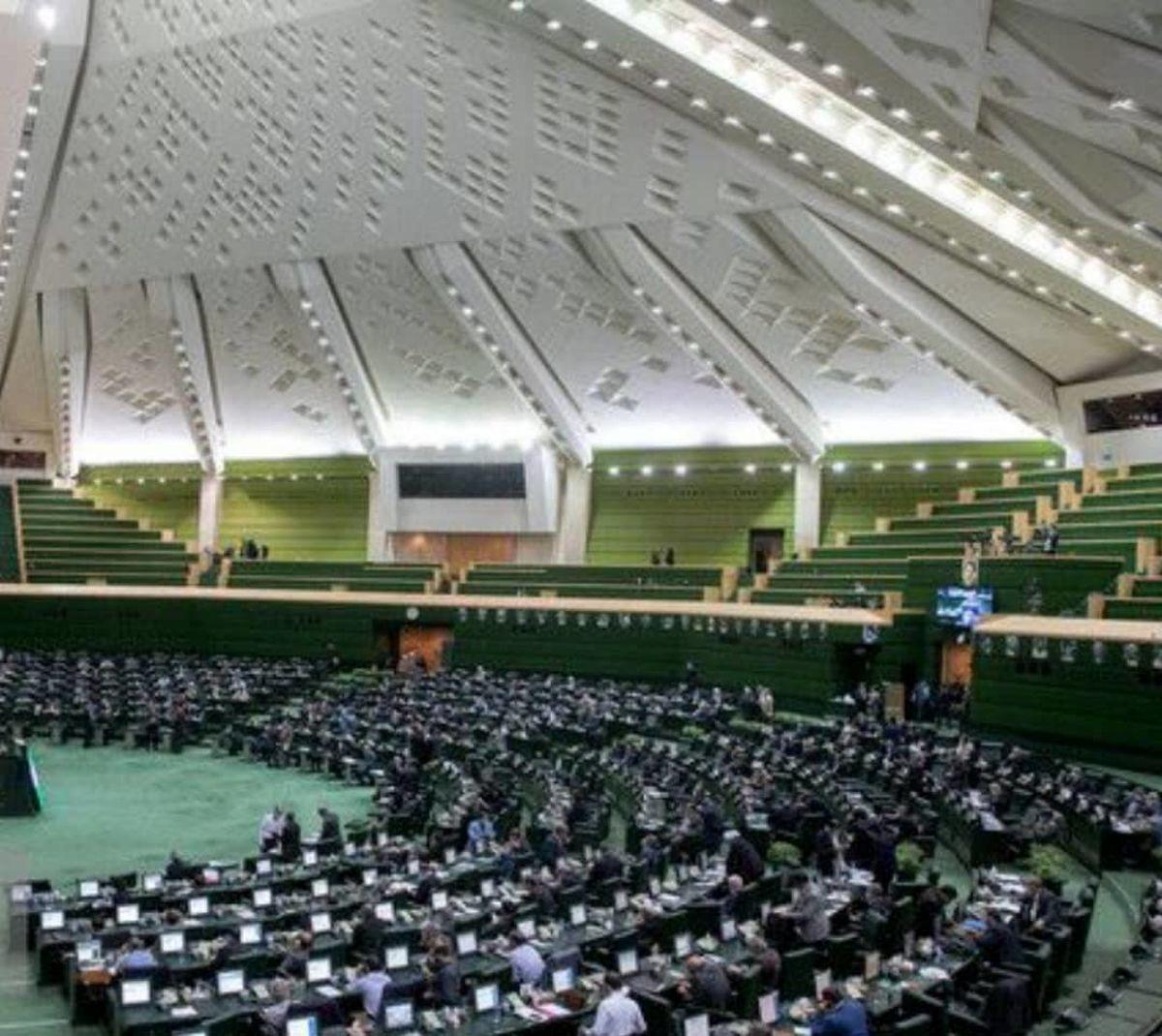 پایگاههای بسیج و موزههای دفاع مقدس از پرداخت حق انشعاب و عوارض شهرداری معاف شدند