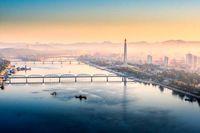نمایی از طلوع خورشید در شهر پیونگ یانگ کره شمالی! +عکس