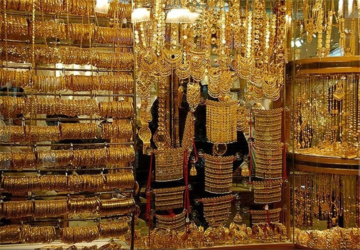خانمهای خانهدار به شمش و طلای آب شده رو آوردهاند!/ جولان سرمایههای سرگردان در بازار طلا