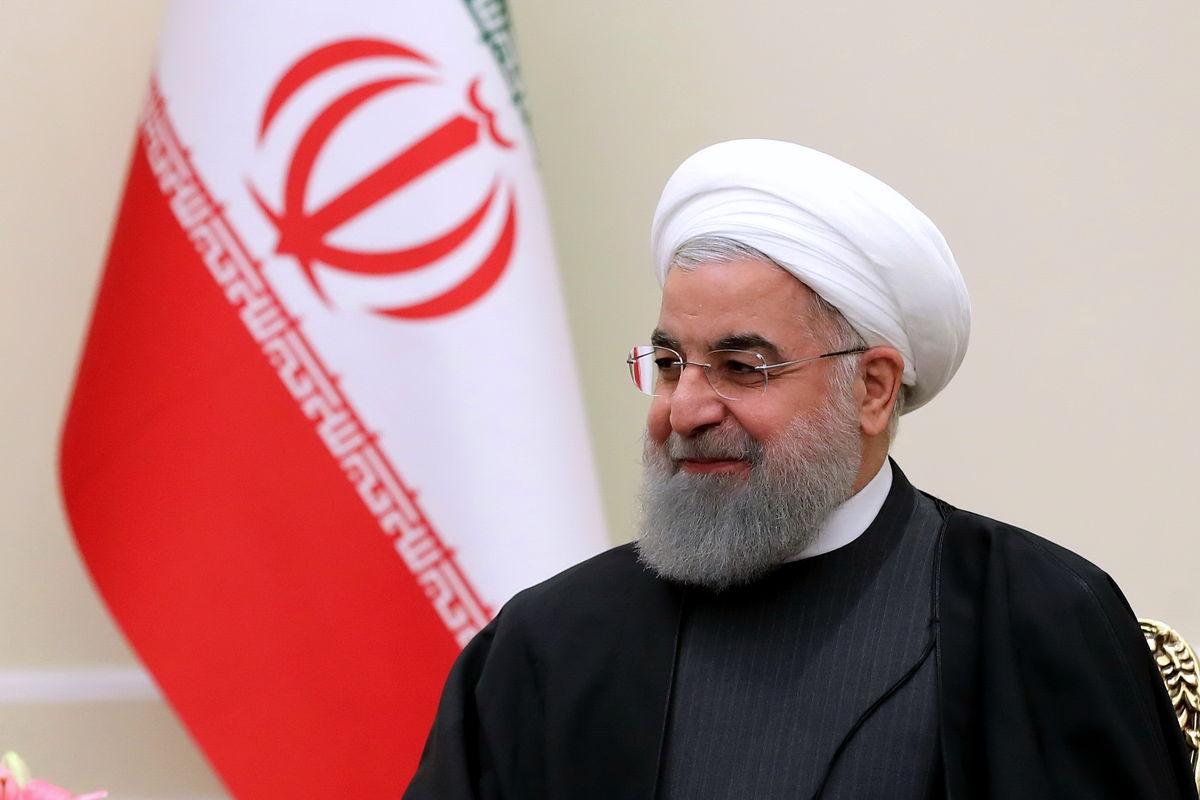 روحانی قهرمانی وزنه برداران جوان ایرانی را تبریک گفت