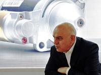 شرکتهای فرعی خودروسازیها به بخش خصوصی واگذار شود