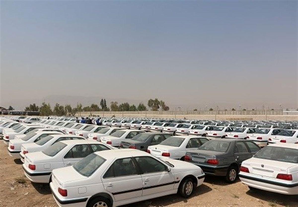 یکه تازی سودجویان در بازار خودرو/ بازار خودرو با پیش فروش آرام نمیشود