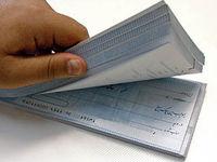 آمار چکهای برگشتی ۳۲درصد کاهش یافت/  ایرانیان آذر ماه امسال چقدر چک مبادله کردند؟
