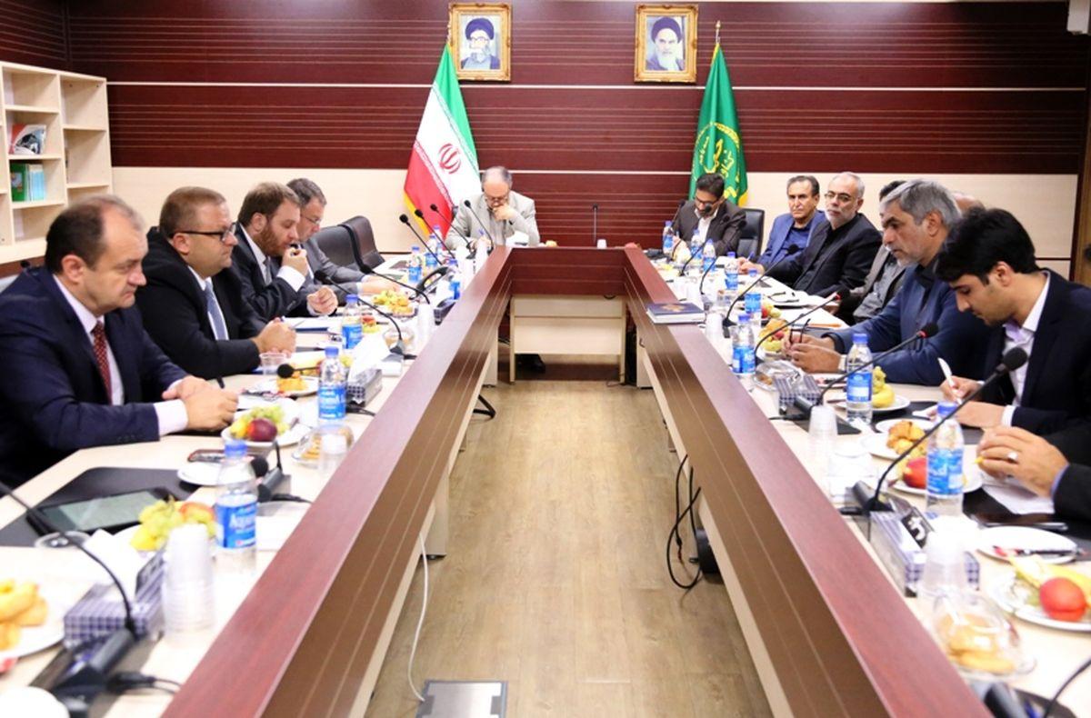 همکاری ایران و مجارستان برای تولید و صادرات گوشت مرغ