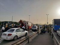 واژگونی خودرو، آزاد راه کرج- تهران را بست