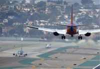 فرود اضطراری فوکر ۱۰۰ قشمایر در فرودگاه مشهد