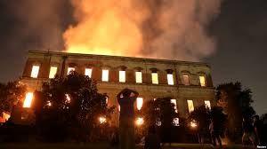 آتش در خرمن تاریخ