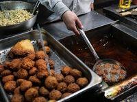 بازار داغ فلافل و جگر در شبهای رمضان +عکس