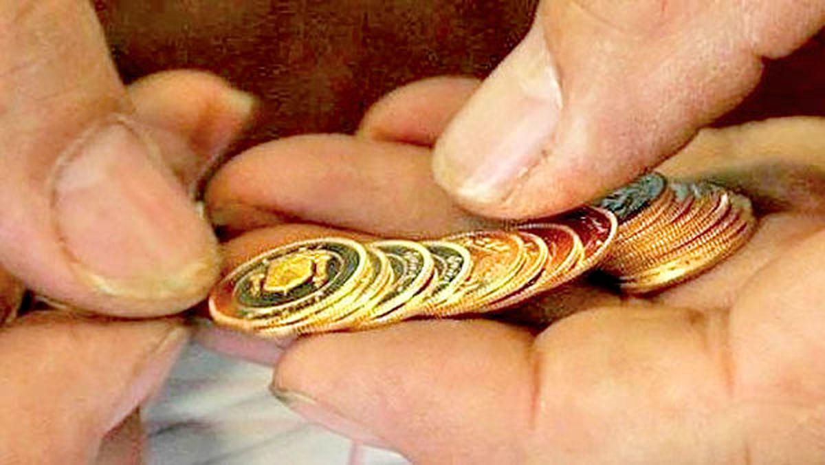 کاهش حباب سکه طلا بـه ۶۵۰هزار تومان