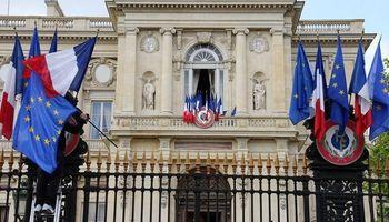فرانسه ایران را به تحریم مجدد تهدید کرد
