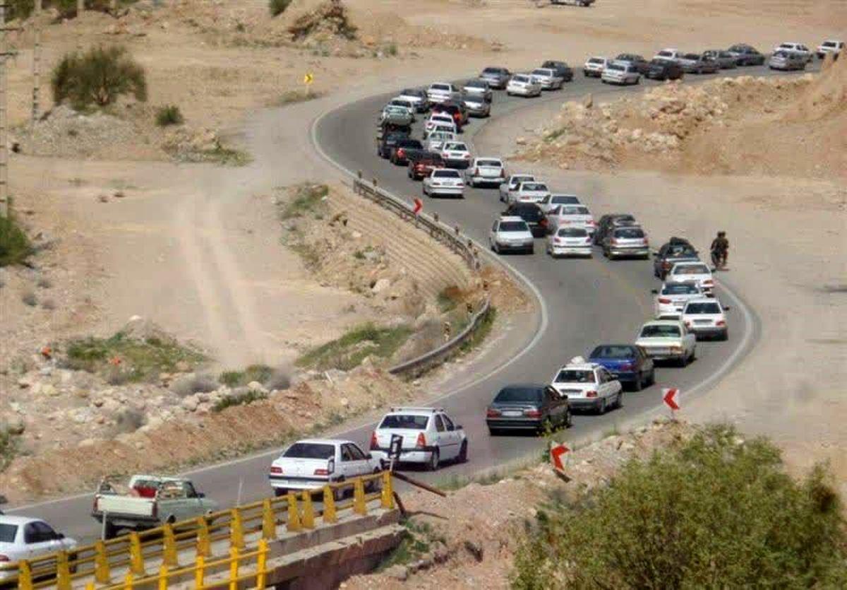 محور کندوان شاهد ترافیک سنگین است