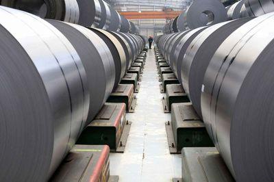 تلاش برای کاهش تعرفه واردات «ورق» فولادی از کجا آب میخورد؟