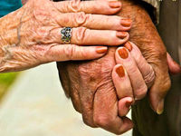 کدام مسمومیتهای دارویی در کمین سالمندان است؟