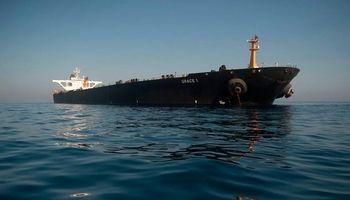 آمریکا: به نفتکش ایران سوخت بدهید تحریم میشوید