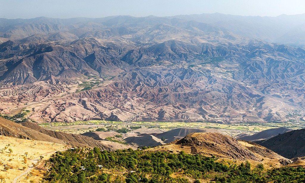 دریاچه زیبای اوان و قلعه الموت کجاست؟+ تصاویر