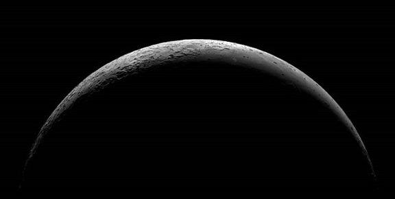 چینیها به نیمه تاریک ماه فضاپیما میفرستند