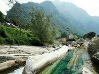 زلالترین رودخانه جهان +عکس