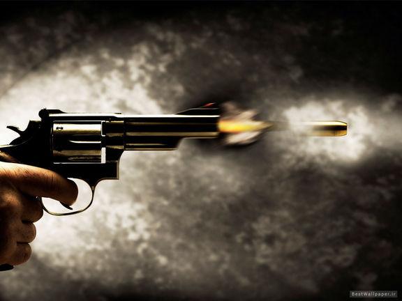دستگیری زنان زورگیر با شلیک پلیس
