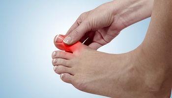 درد انگشت شست پا؛ علت، تشخیص و درمان