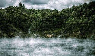 دریاچه ماهی تابه