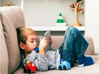 مراقب کودکان در فضای مجازی باشیم