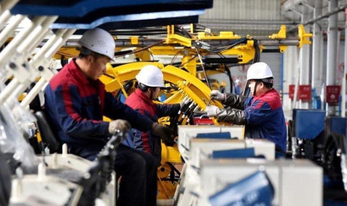 سرعت گسترش فعالیت کارخانههای چین کند شد