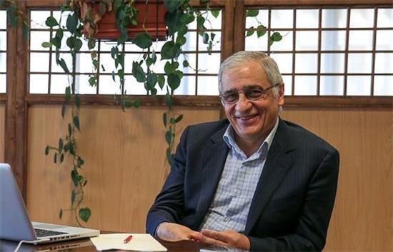 ٣ متهم روان نشدن ارتباط بانکی ایران با دنیا