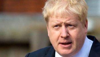 همدردی وزیر امور خارجه بریتانیا با زلزلهزدگان +عکس