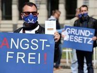 آلمانها باز هم علیه دولت به خیابانها ریختند