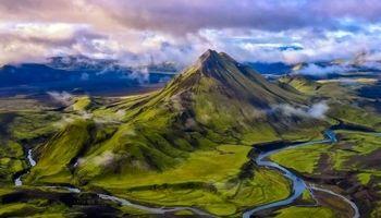 تصویر هوایی از طبیعت زیبای ایسلند