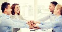 چگونه افراد با استعداد تیم کاری خود را حفظ کنیم؟
