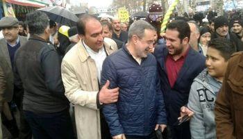 بطحائی: مشکلات از عشق مردم به انقلاب نمیکاهد