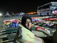 انتقال مصدومان زلزله کرمانشاه به تهران +تصاویر
