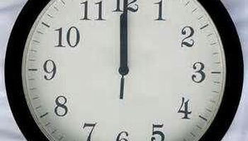 ساعتها را امشب به عقب بکشید