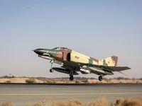 جنگنده F۴ در پایگاه هوایی تهران بازآماد شد