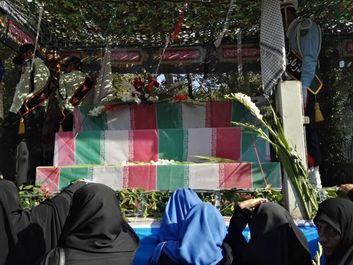برگزاری مراسم تشییع پیکر135 شهید گمنام +عکس