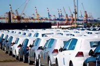 واردکنندگان خودرو دست به دامن رئیس جمهور شدند