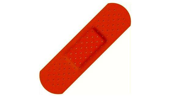هشدار درباره استفاده از چسب زخم
