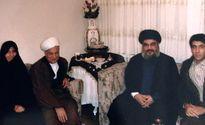 عکسی تاریخی از حضور حسن نصرالله در منزل آیت الله هاشمی