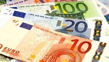 سقوط بیسابقه یورو