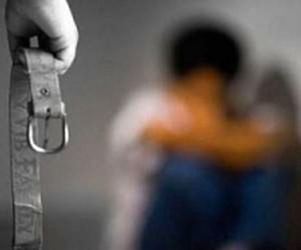 آزار دختر اوتیسمی در شکنجه گاه پدر