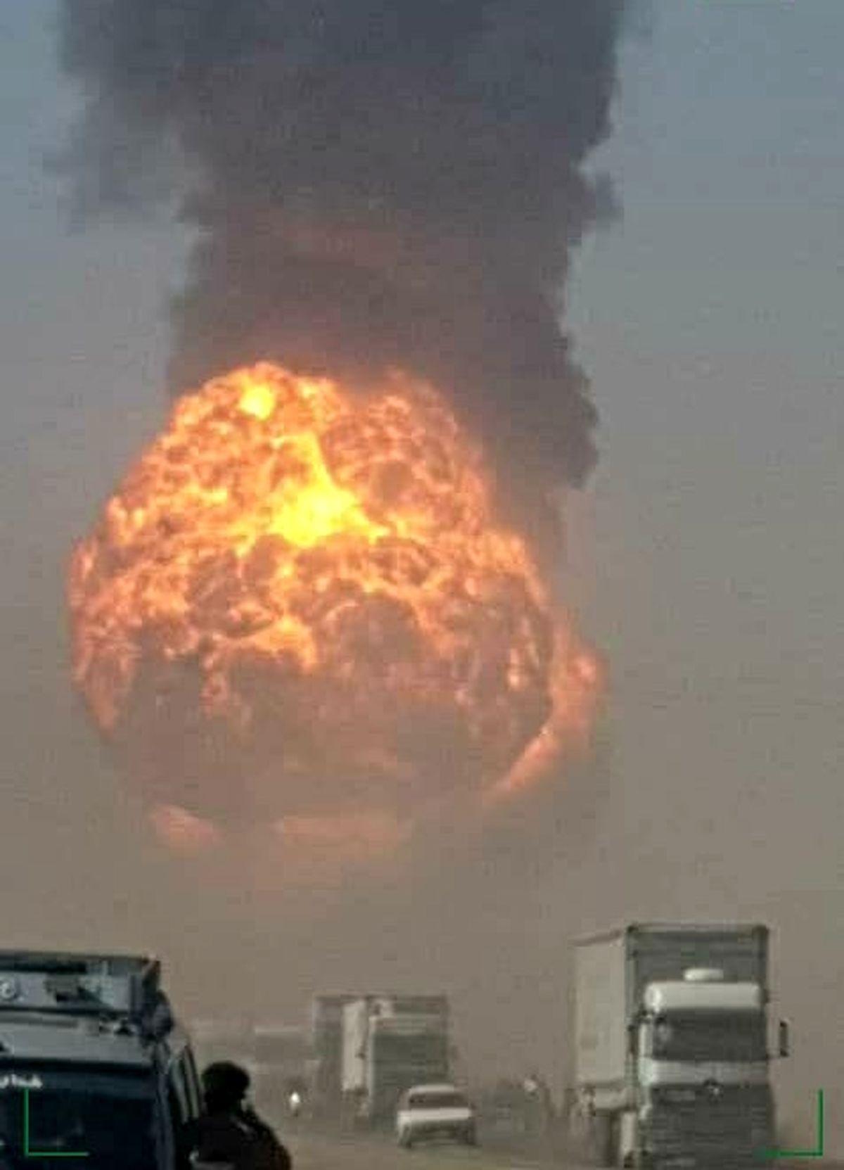 فوری/ لحظه وحشتناک انفجار گمرک اسلام قلعه +فیلم