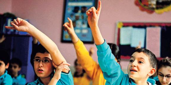 دانش آموزان فضای مجازی را به حضور در کلاس ها ترجیح میدهند